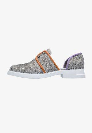 Zapatos de vestir - grey