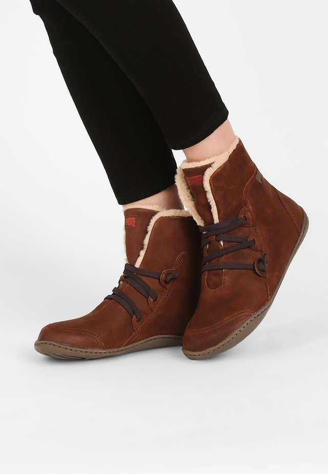 Botines - medium brown