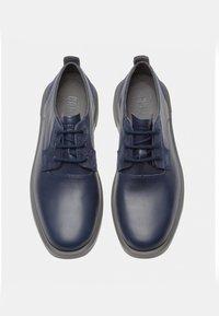 Camper - Zapatos con cordones - blue - 1