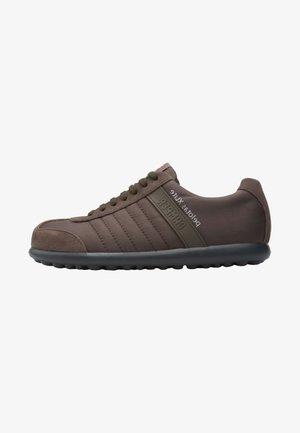 PELOTAS XL - Trainers - brown