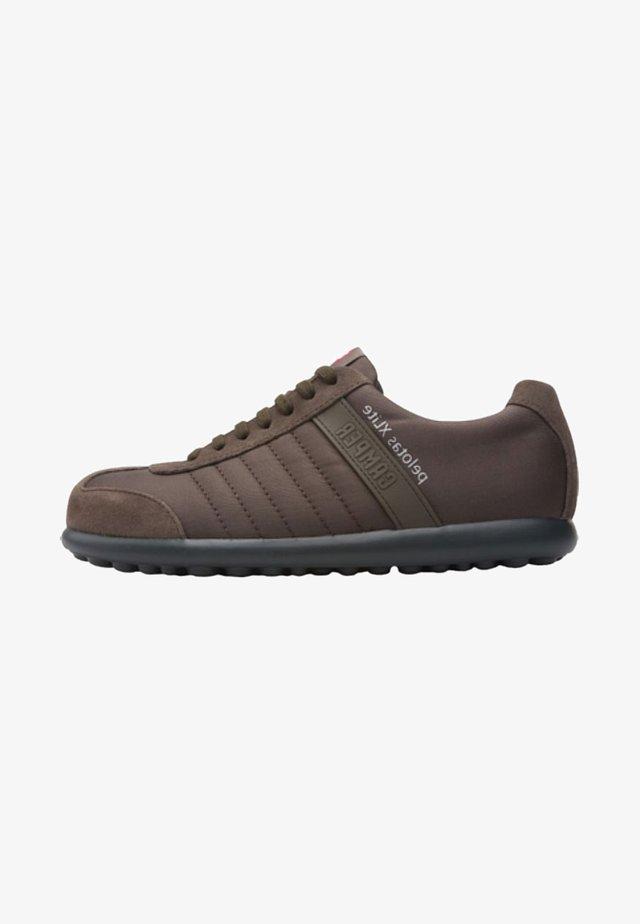 PELOTAS XL - Zapatillas - brown