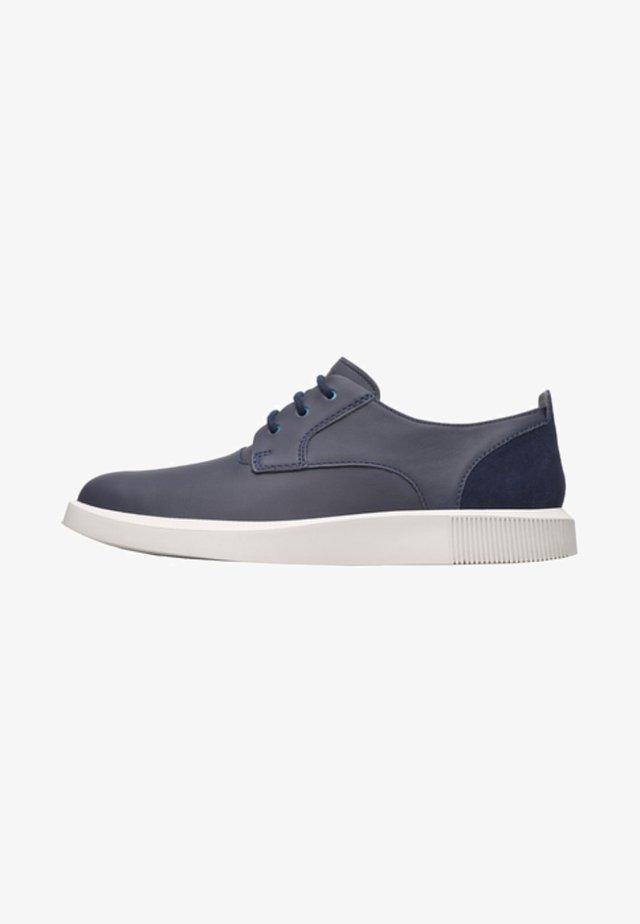 BILL - Zapatos con cordones - blue
