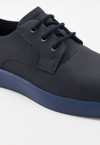 Camper - BILL - Casual lace-ups - navy - 5