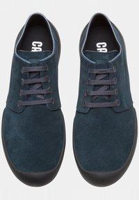 Camper - Zapatos con cordones - grey/evergreen - 1