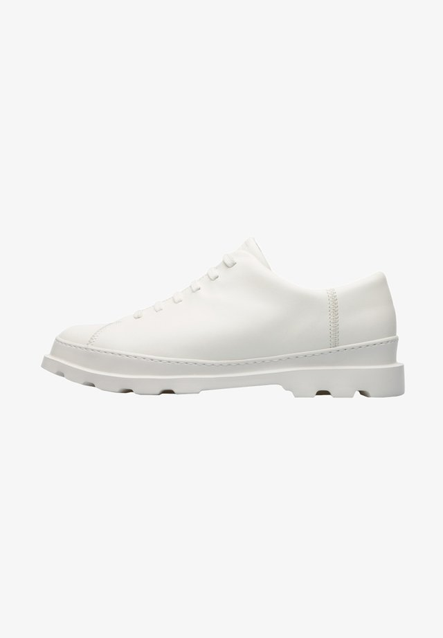 BRUTUS ELEGANTE - Zapatos con cordones - weiß