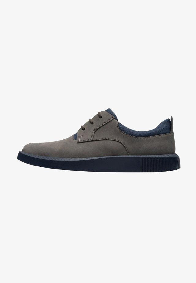 BILL ELEGANTE - Zapatos con cordones - grau