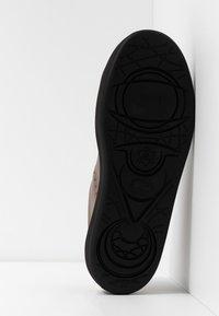 Camper - COURB - Zapatillas altas - medium brown - 4