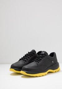 Camper - HELIX - Sneakersy niskie - black - 2