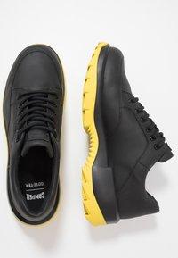 Camper - HELIX - Sneakersy niskie - black - 1