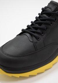 Camper - HELIX - Sneakersy niskie - black - 5
