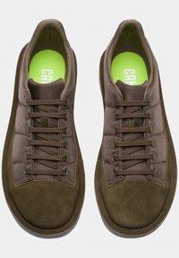 Camper - FORMIGA - Zapatos con cordones - brown/olive - 1