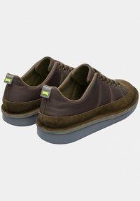 Camper - FORMIGA - Zapatos con cordones - brown/olive - 3