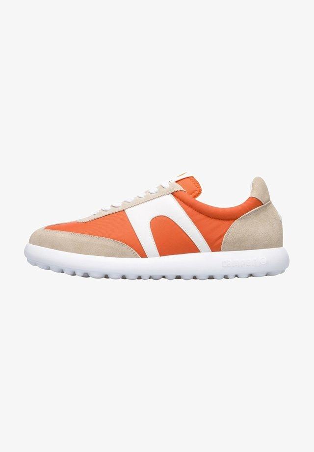 PELOTAS XLITE  - Sneakersy niskie - beige/orange