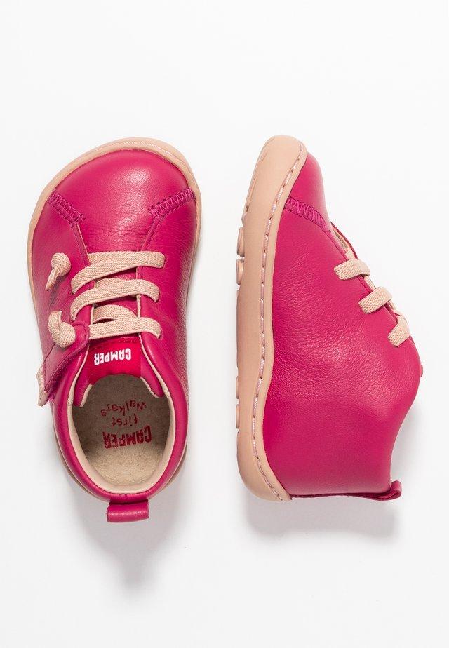 PEU CAMI - Zapatos de bebé - pink