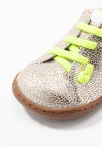 Camper - PEU CAMI - Casual lace-ups - silver - 2