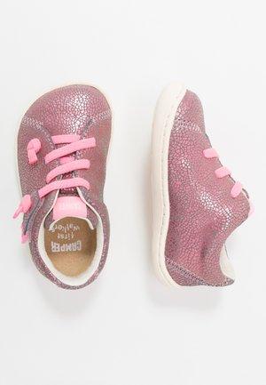 PEU CAMI - Baby shoes - pink