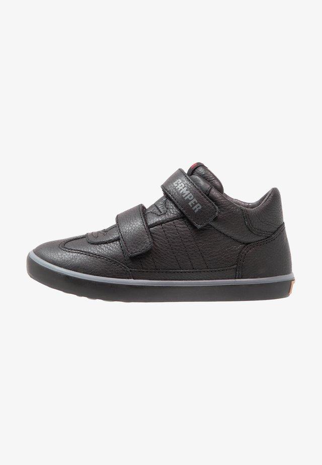 PURSUIT - Zapatos con cierre adhesivo - schwarz