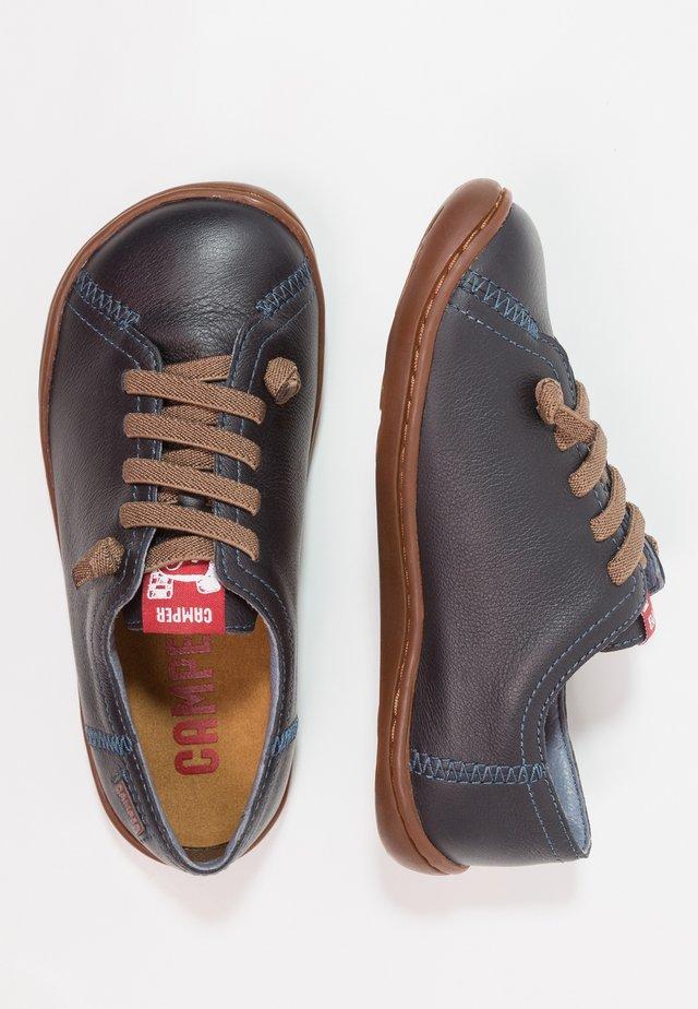 PEU CAMI - Zapatos con cordones - dark blue