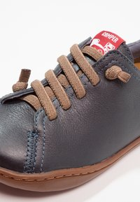 Camper - PEU CAMI - Zapatos con cordones - dark blue - 5