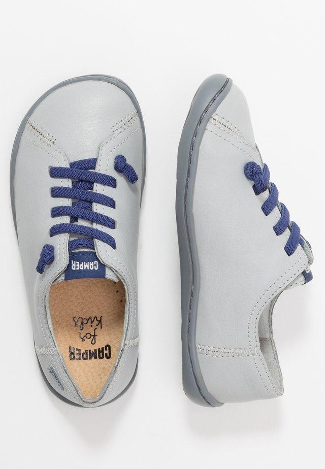 PEU CAMI KIDS - Volnočasové šněrovací boty - light grey