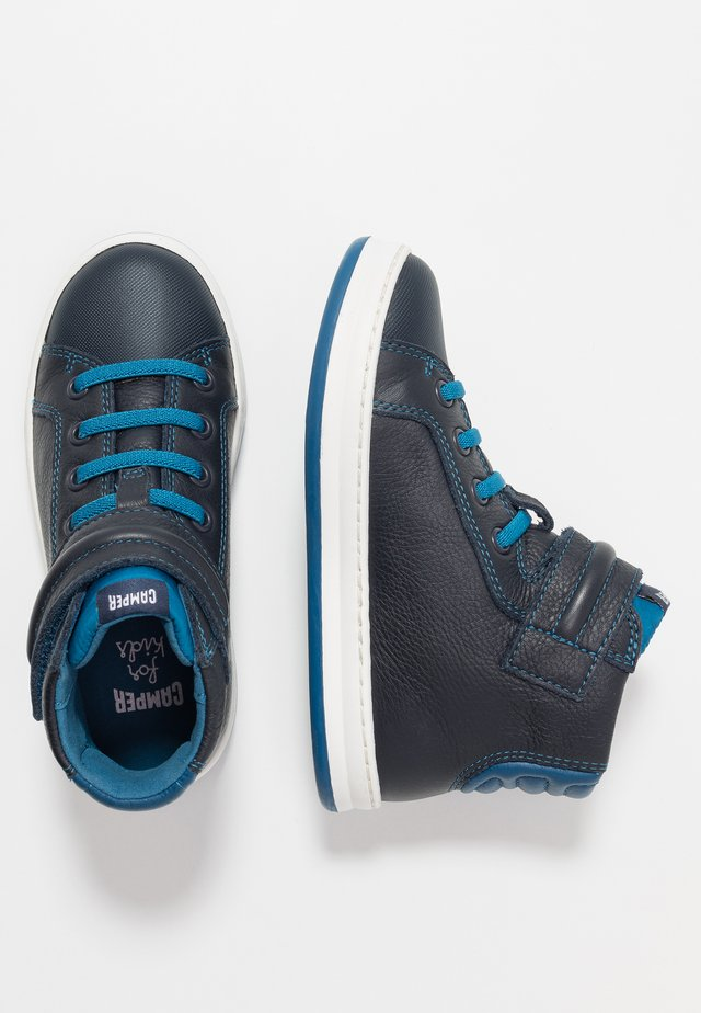 RUNNER FOUR KIDS - Höga sneakers - navy