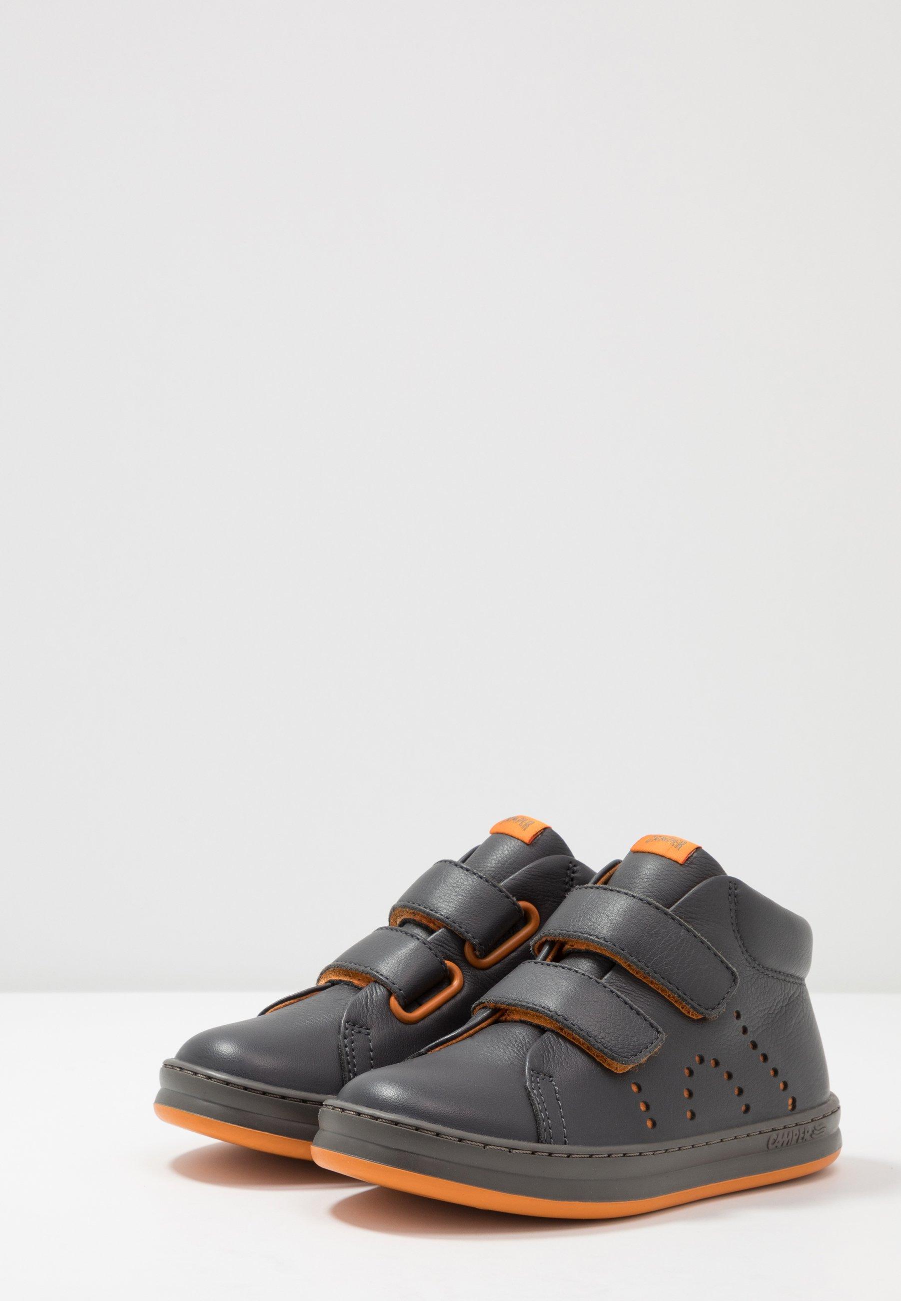 RUNNER FOUR KIDS Sneakers hoog medium gray