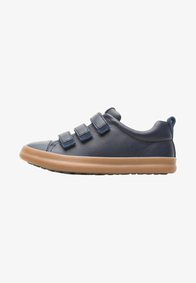 PURSUIT - Zapatos con cierre adhesivo - blue