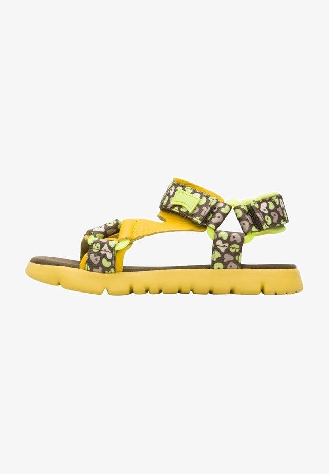 ORUGA - Sandalias de senderismo - yellow/brown