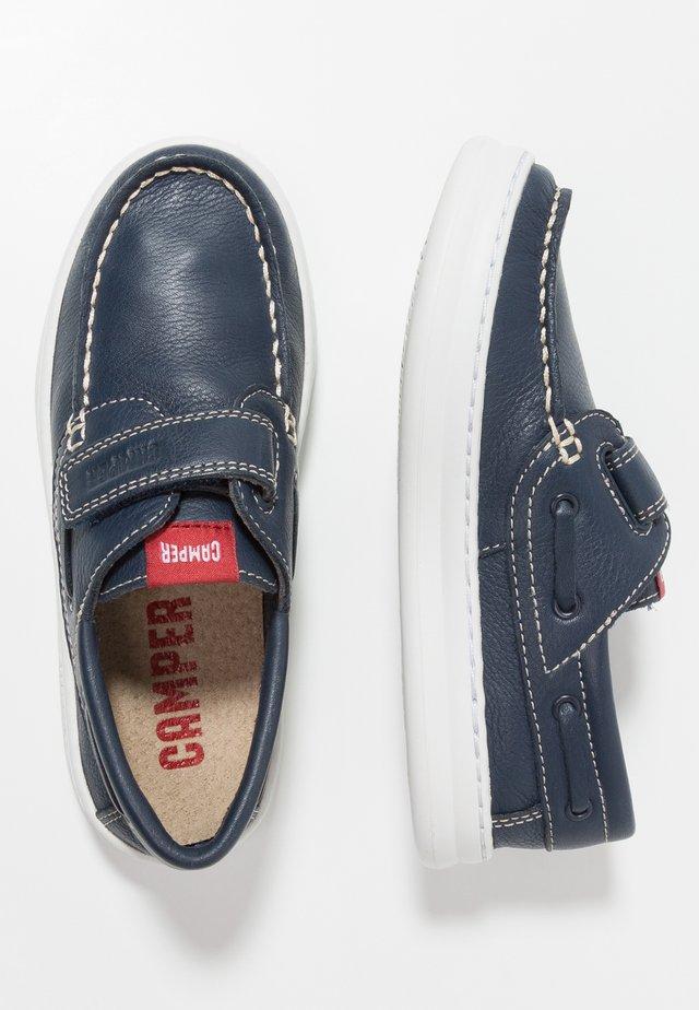RUNNER FOUR - Zapatos con cierre adhesivo - navy