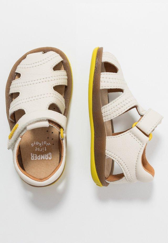 BICHO - Baby shoes - light beige
