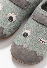 Camper - TWS KIDS - Slippers - grey - 6
