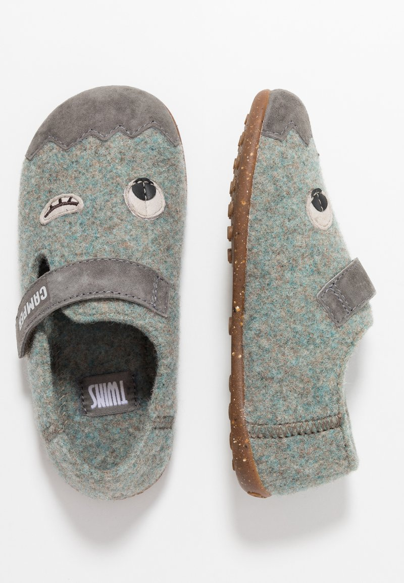 Camper - TWS KIDS - Slippers - grey