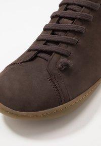 Camper - PEU CAMI  - Chaussures à lacets - braun - 6