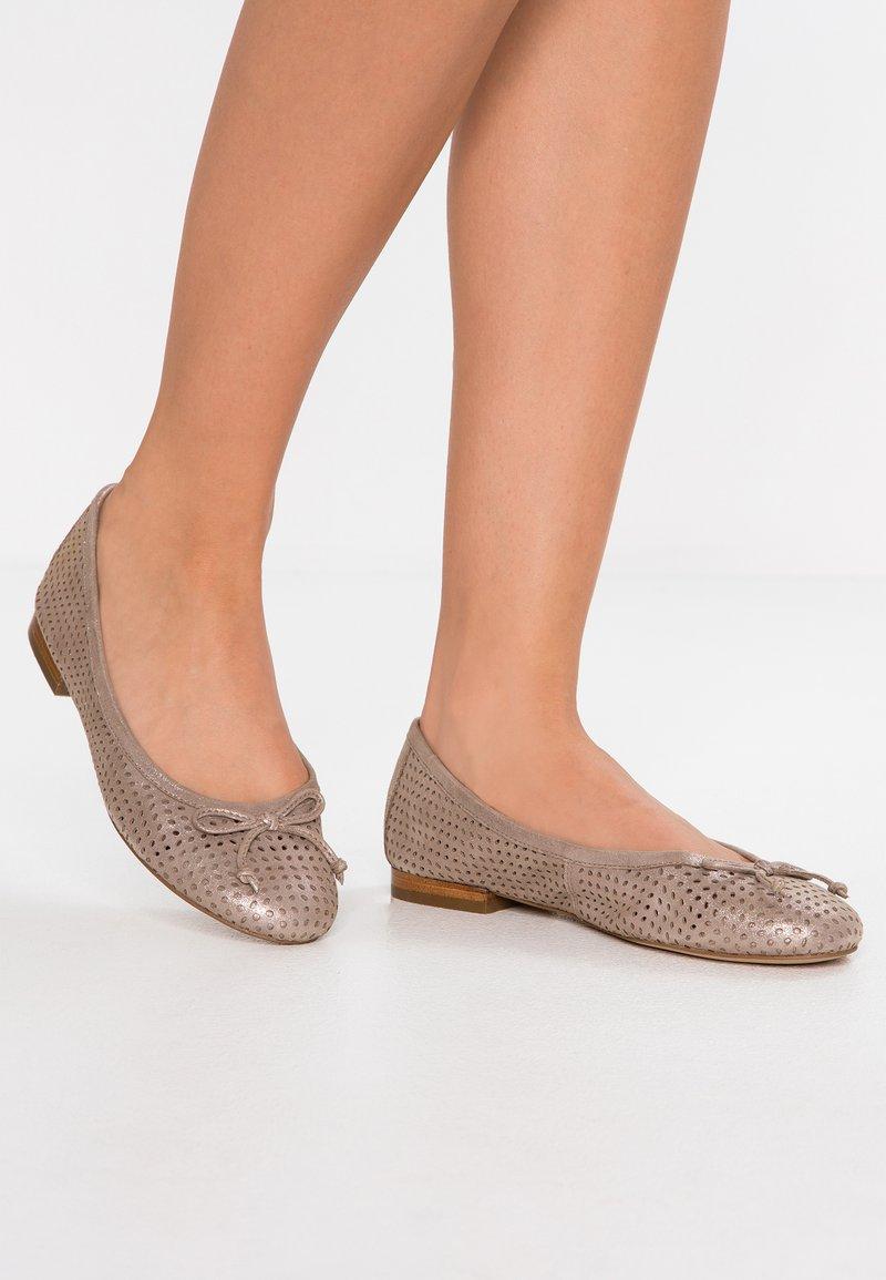 Caprice - Ballet pumps - taupe metallic