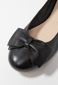 Caprice - Ballet pumps - black - 2