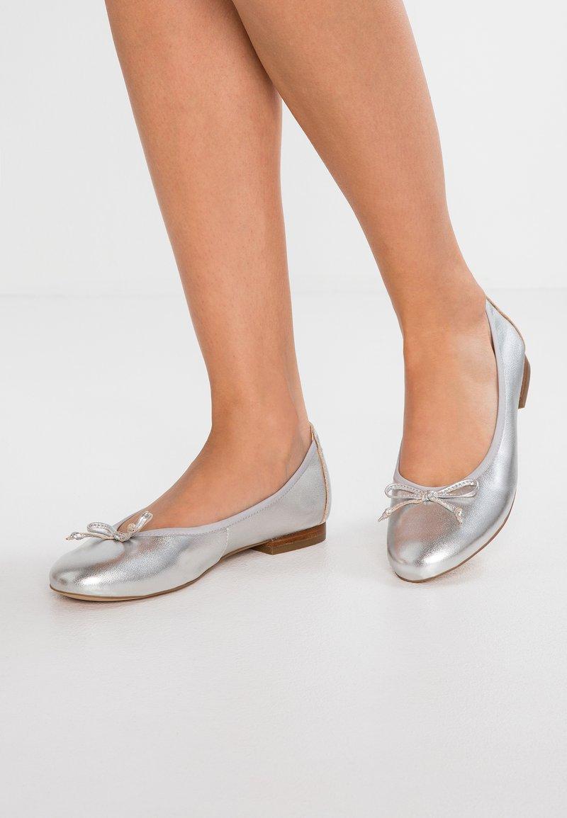 Caprice - Ballerina's - silver metallic