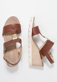 Caprice - Wedge sandals - cognac - 3