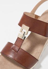 Caprice - Wedge sandals - cognac - 2