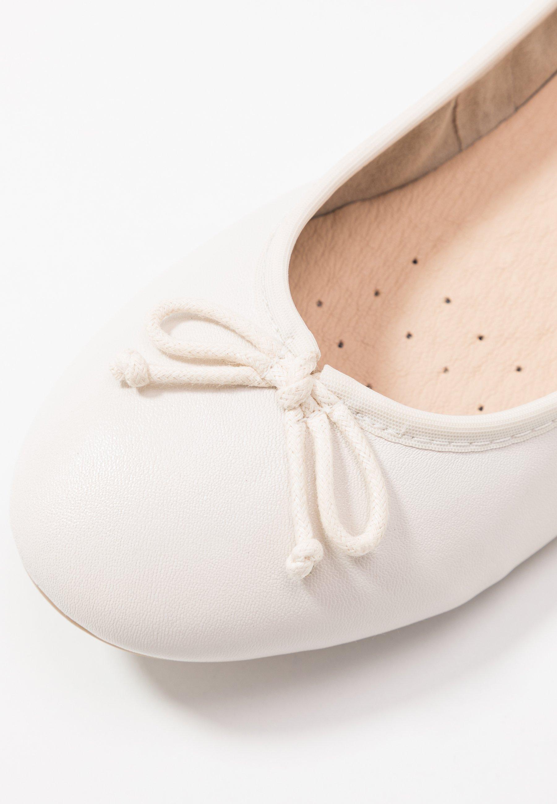Caprice Ballerinaskor - white