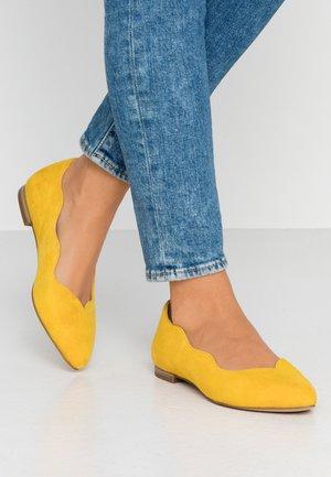 Ballet pumps - yellow