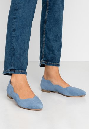 Ballet pumps - blue