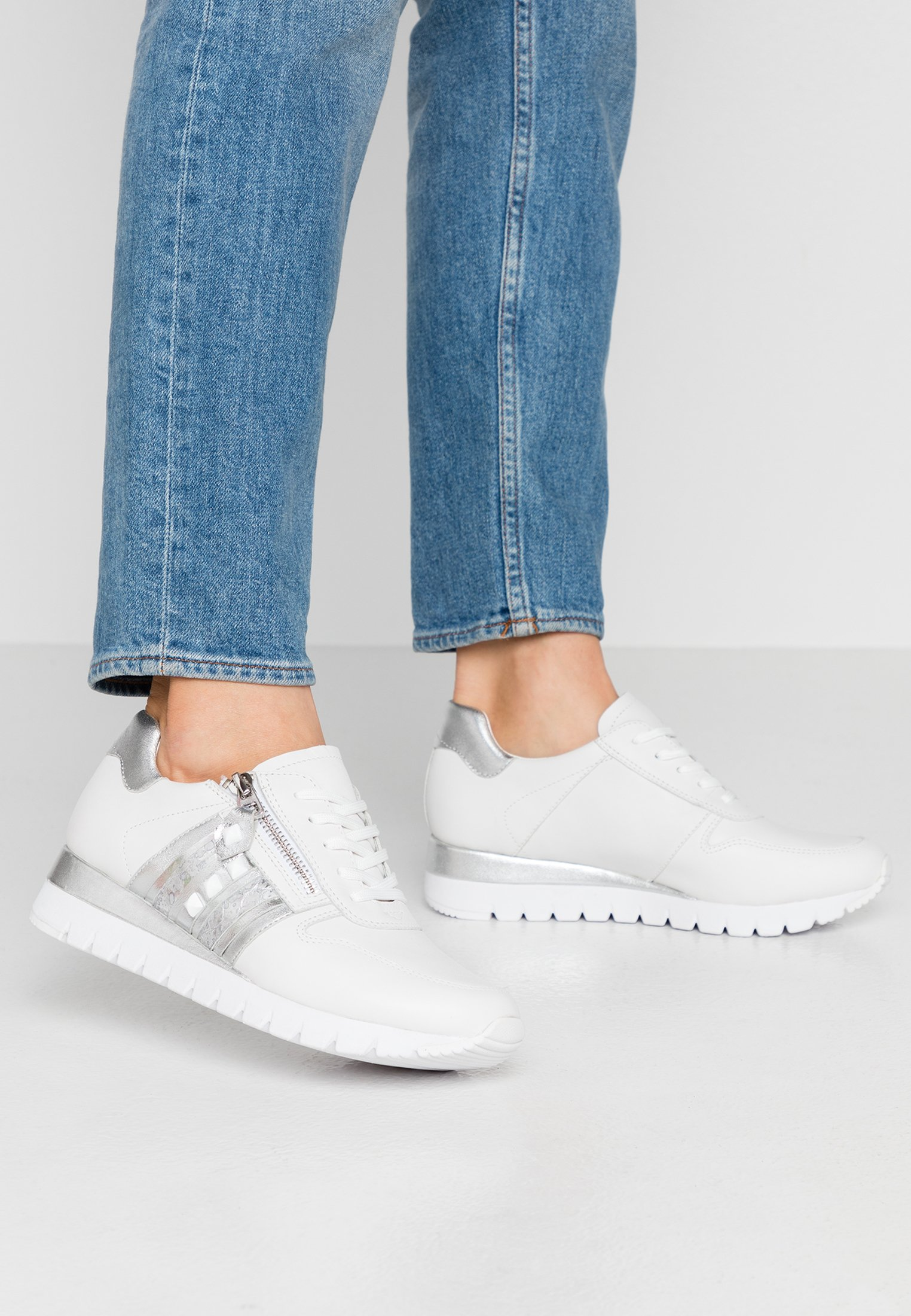 Caprice Sneakers - white/silver