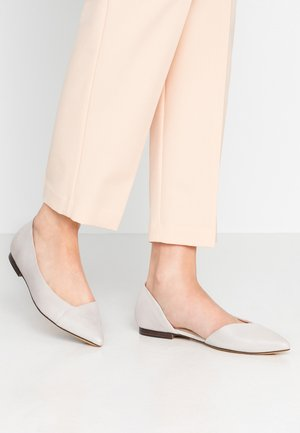 Ballet pumps - silver punched