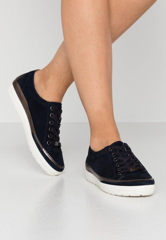 LACE UP - Sneakers laag - ocean