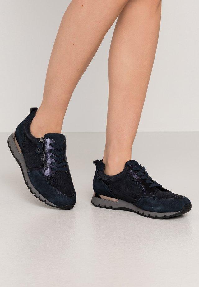 LACE UP - Sneakersy niskie - ocean