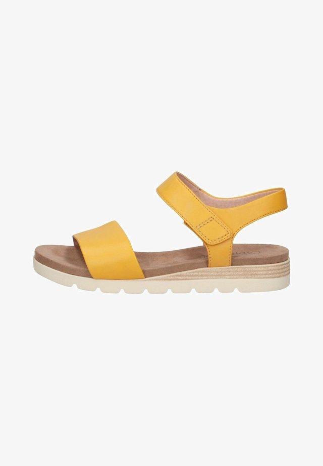 Sandaletter med kilklack - yellow