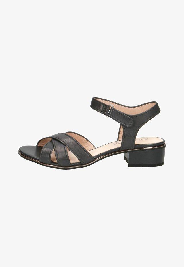Sandaalit nilkkaremmillä - ocean nappa