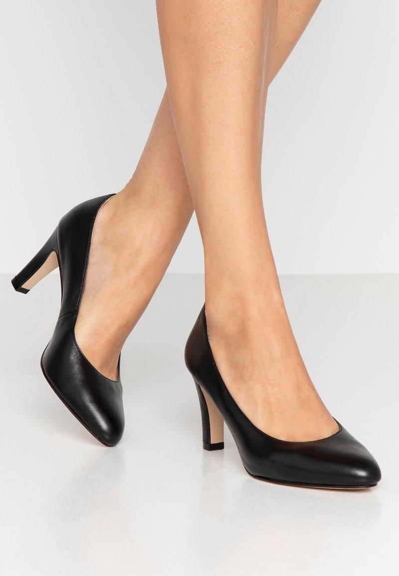 Caprice - Classic heels - black