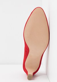 Caprice - Klassiske pumps - red - 6