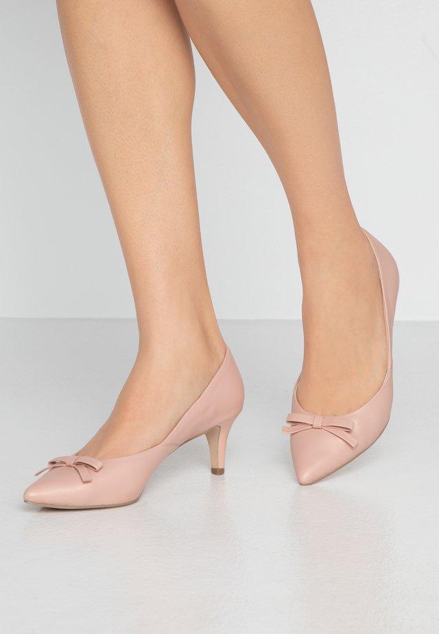 Czółenka - rose perlato
